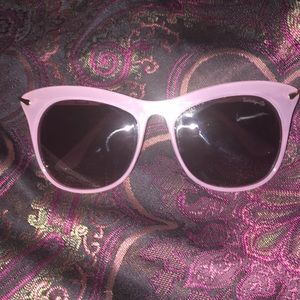 Betseyville Cat eyed Shades